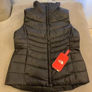 **BRAND NEW** The NORTH FACE Women's puff vest
